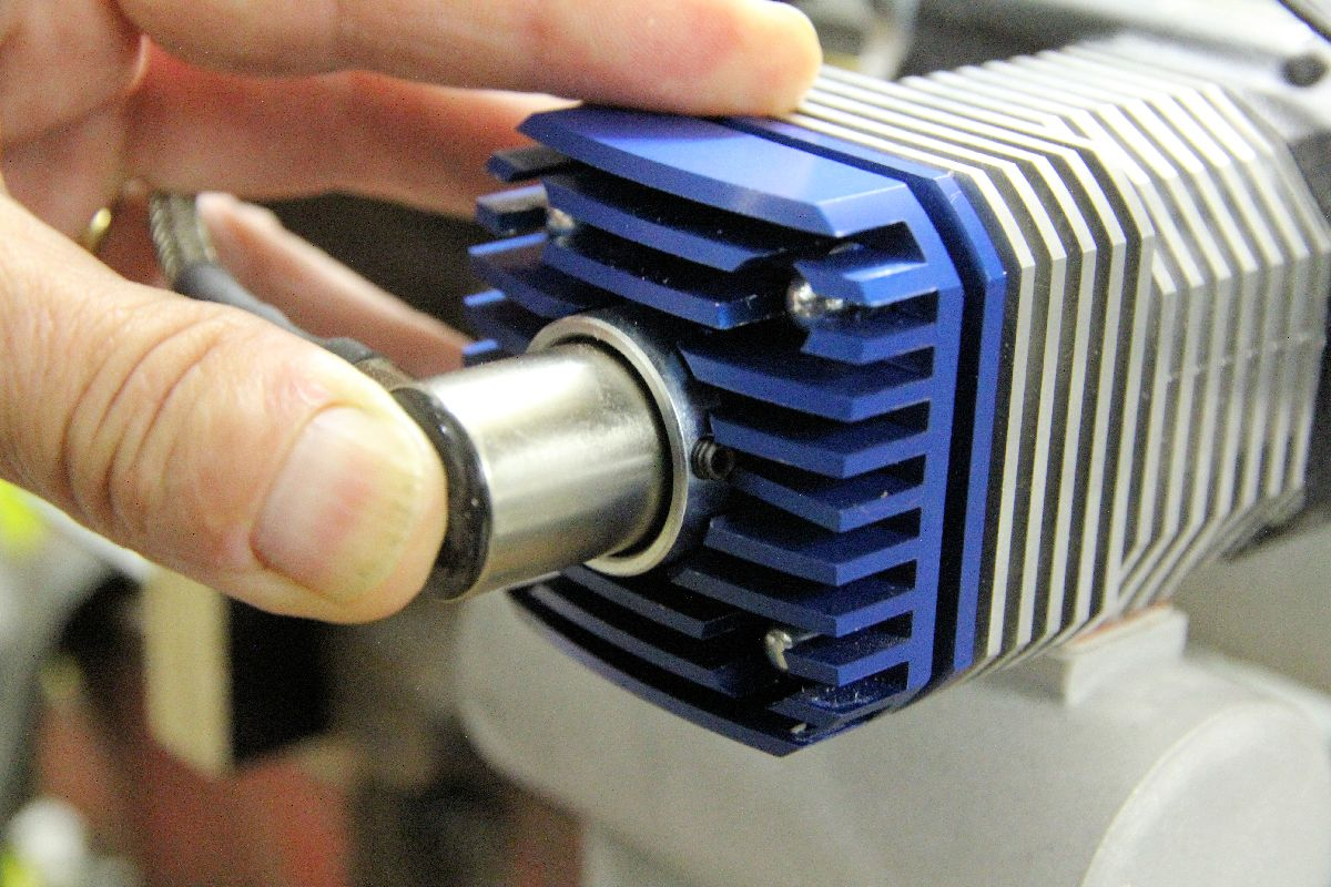 moteur rc 4 temps bicylindre